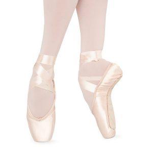 s0105-bloch-aspiration-pointe-shoe