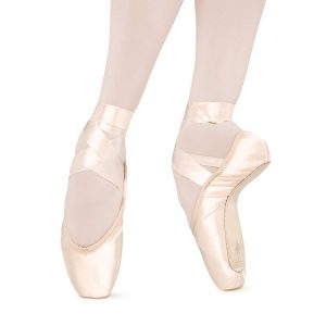 s0132-bloch-suprima-pointe-shoe