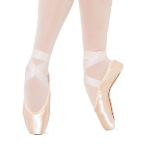 s0133-bloch-slyphide-pointe-shoe